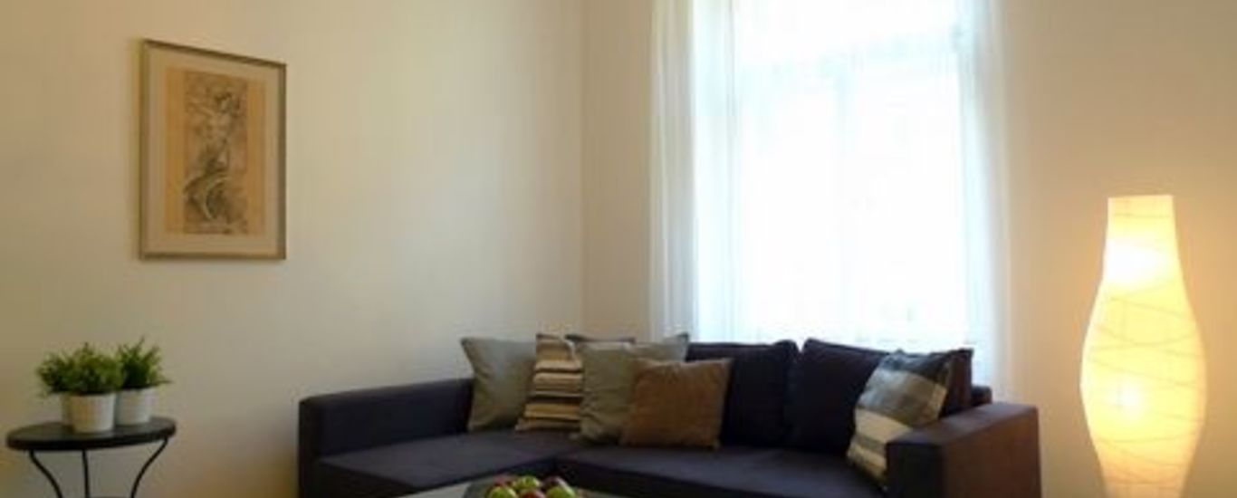Rent apartment No. 34, 2 +1, 90 m2, Anna Letenská - Prague 2