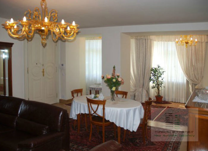 Luxury apartment No.1, 97,91 m2, 3 + kk In Italská street in the center of Vinohrady