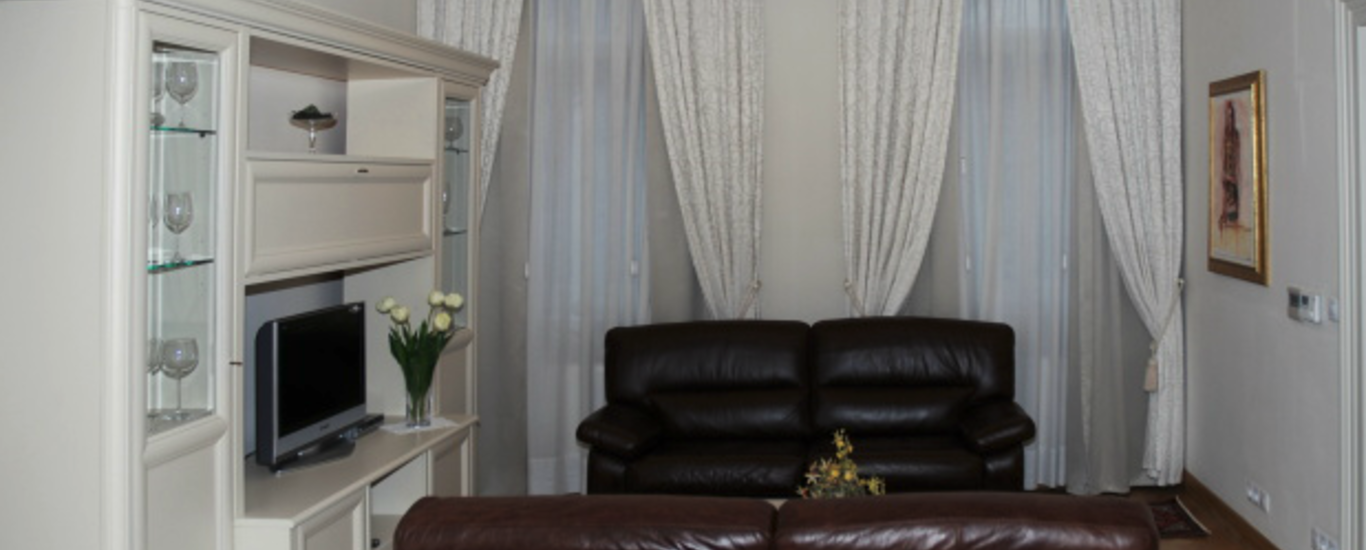 Luxury apartment No. 4, 69 m2, 2 + kk In Italská street in the center of Vinohrady
